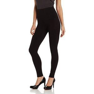 Hue | Black Tummy Control Leggings